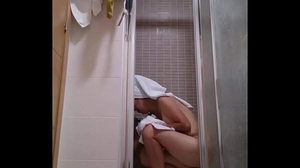 Voyeur, Asian bath