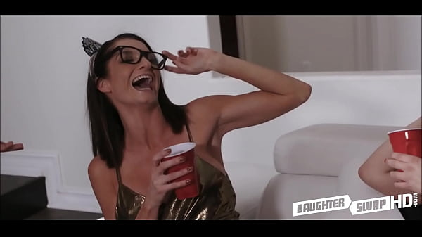 Mom fuck, Mom daughter, Fucked mom, Teen daughter, Swapping, New mom