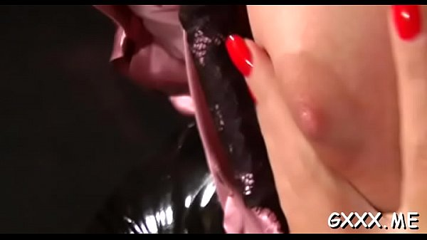 Pussy, Toy